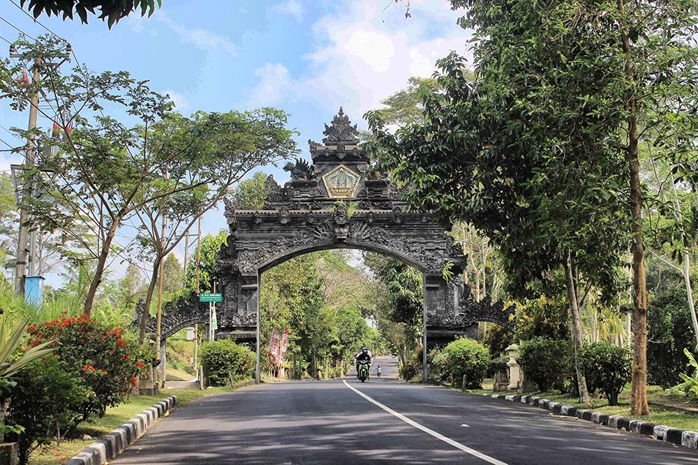 Bali_6-Sideman (11)